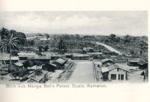 Une vue du Palais de Douala Manga Belle vers 1900 Source: http://www.douala-guide.net/douala-joss2.jpg