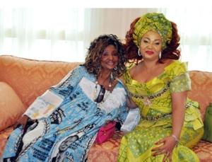 Rosette Mboutchouang (g) et Chantal Biya (d) © PRC