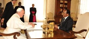 Le Pape François et le Président Paul Biya © PRC